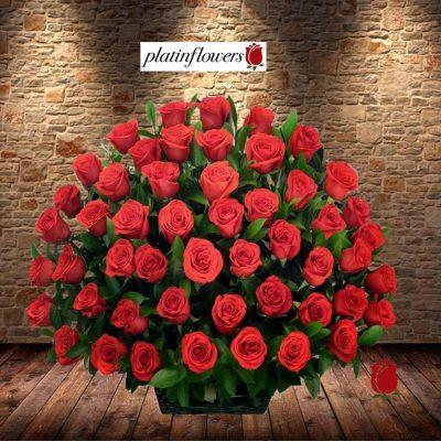 arreglo decorado 120 rosas-rojas